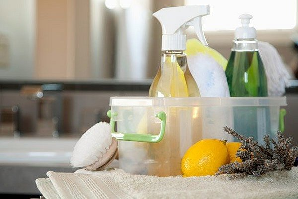 natural-home-cleaning-products